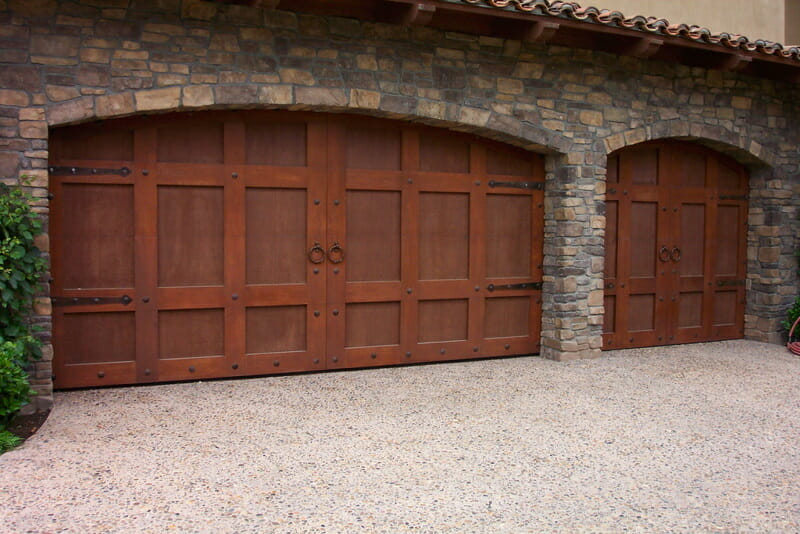 custom carriage house doors with hardware