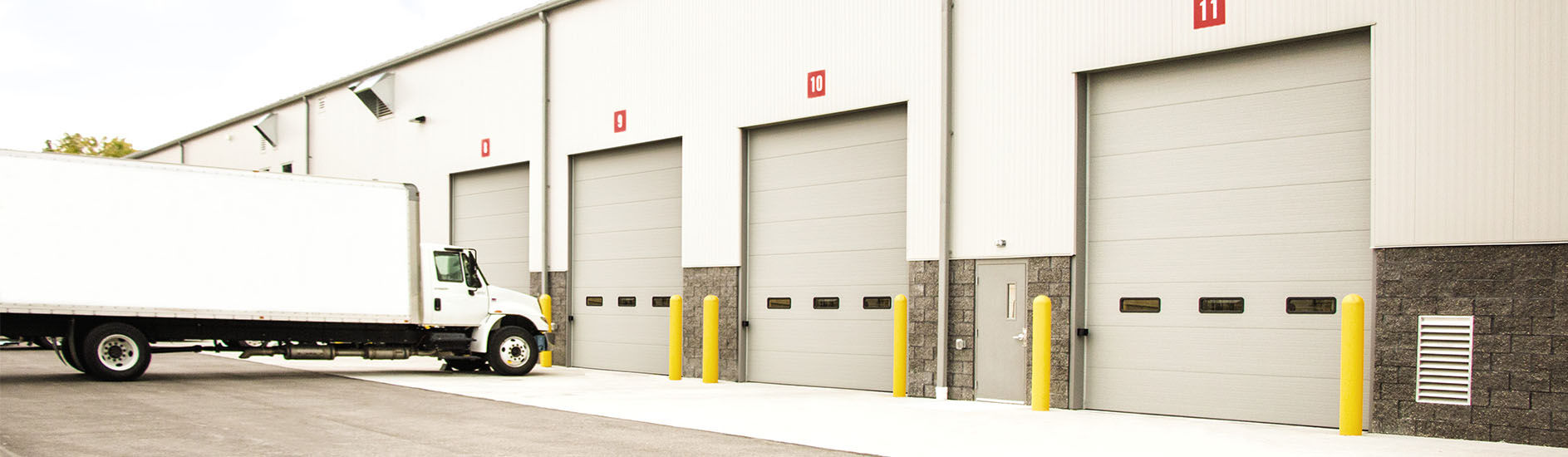 Sectional Overhead Doors Commercial : Commercial sectional doors barton overhead door inc