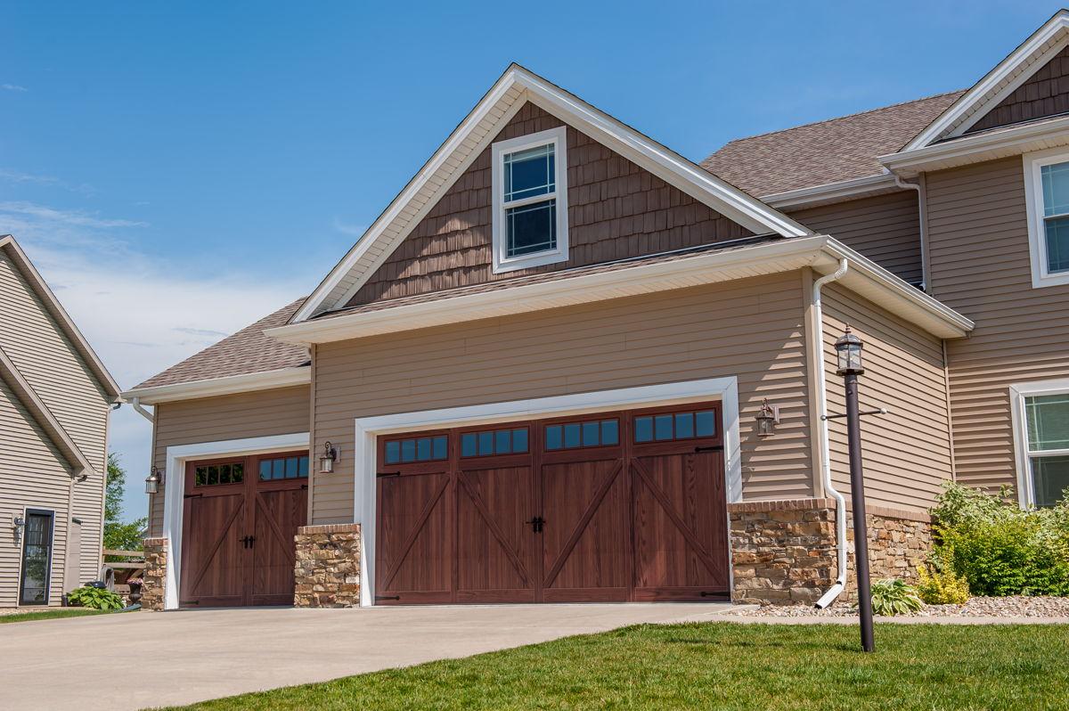 CHI Accents Woodtone Garage Door